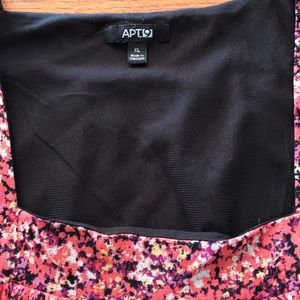 Apt. 9 Tops - Apt. 9 size XL top with cap sleeves